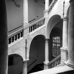 Das Treppenhaus meines zukünftigen Arbeits und Wohnbereichs